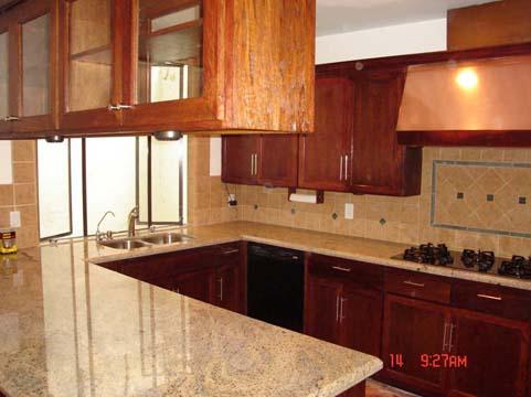 Kitchen 77